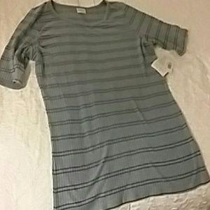 XL Lularoe Gigi Tshirt